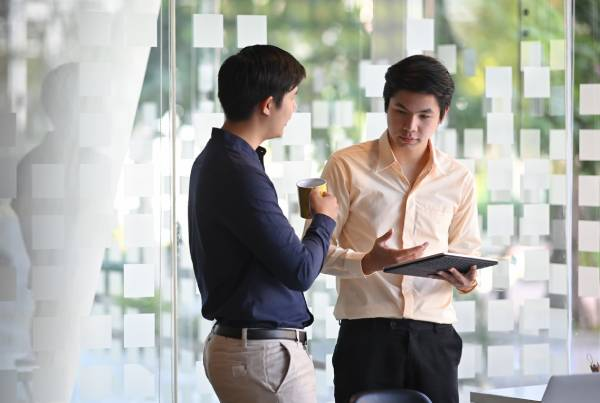 Brokers working hard at Office Hub
